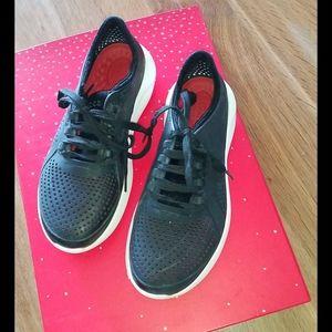Cross running  shoes